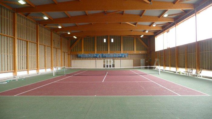 Court n°3 - Court intérieur éclairé en béton poreux